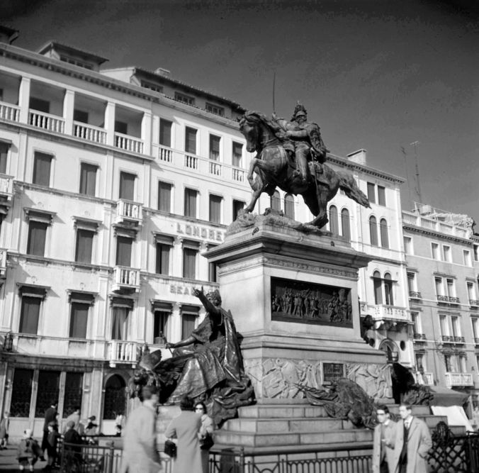 Victor Emmanuel II on Riva degli Schiavoni