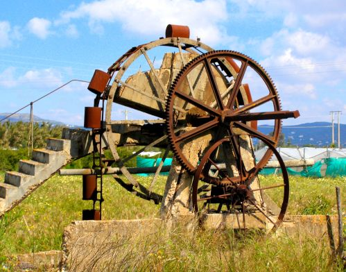 Portuguese Waterwheel 1 On my way to the Ria Park Hotel & Spa, Vale do Lobo, 8135-951 Almancil, Portugal, I saw this old waterwheel. I never discovered whether or not it was still in use. It wasn't unlike those designed by Leonardo Da Vinci in the 15th-16th C and recorded in his notebooks. It was worth stopping for and photographing because I didn't know when I might see another. https://witness.theguardian.com/assignment/5630c6f5e4b07e373ce97a23/1793533